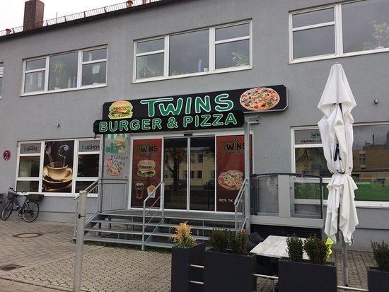 twins burger pizza regensburg restaurant bewertungen telefonnummer fotos tripadvisor. Black Bedroom Furniture Sets. Home Design Ideas