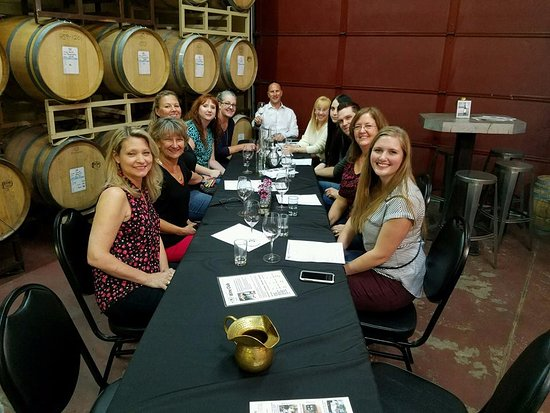 Littleton, Колорадо: Sitting Tasting at Denver Winery