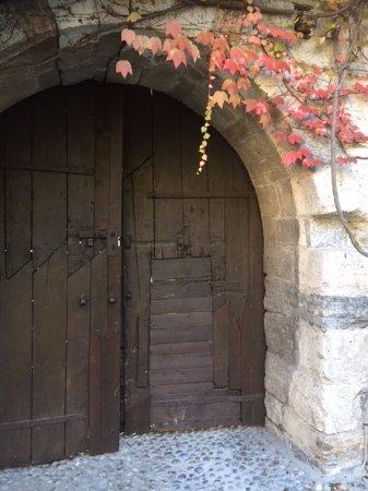 Hotel Castello Di Pomerio: Belle Porte d'époque