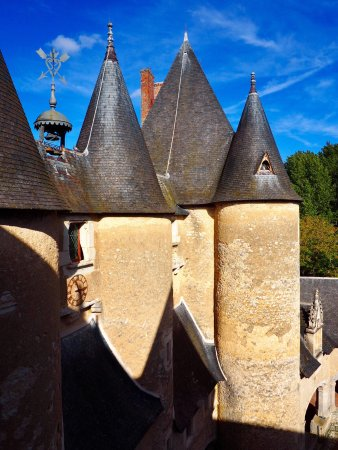 Fougeres-sur-Bievre 사진
