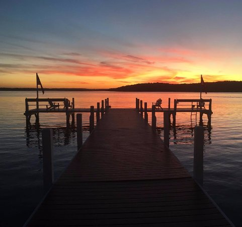 Lake Geneva, WI: The sunset from the Heartland Spa and Fitness Resort Pier. Come for a visit!