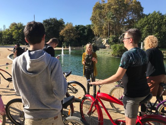 Cruising Bike Tour Barcelona