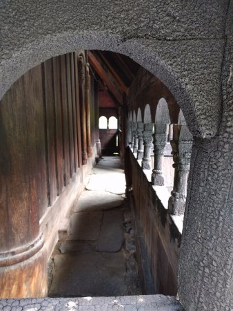 Borgund Stave Church: Arcadas