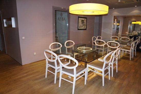 ANBA Bed&Breakfast Deluxe: Dinning area.