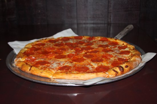 Seaford, DE: Pepperoni Pizza