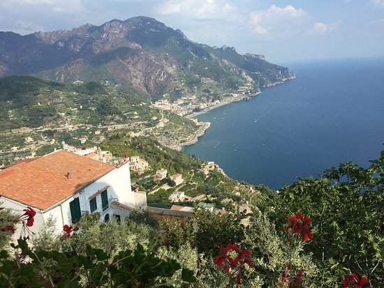 Villa Rufolo : beautiful view from Ravello