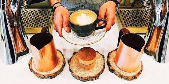 Hidden Grounds Espresso Bar: Cafe Latte