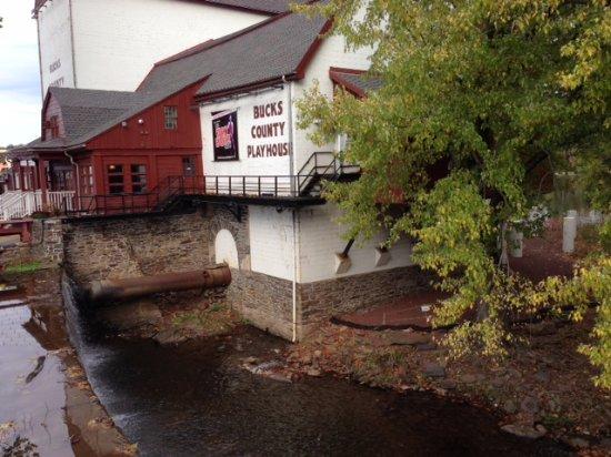 New Hope & Ivyland Railroad: Bucks County Playhouse
