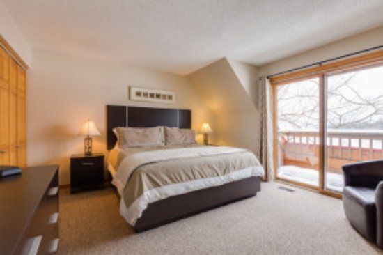 Calabogie, Canada: One of our Master Bedrooms
