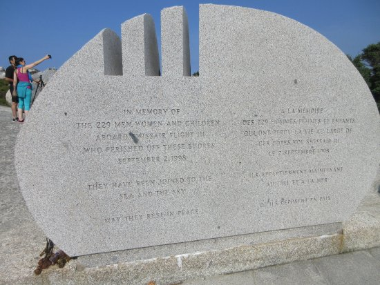 Swissair Flight 111 Memorial: Swissair Memorial