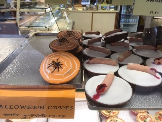 More Halloween cakes at the Sloping Deck