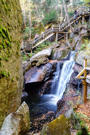 Lost River Gorge and Boulder Caves: Lost River