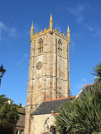 St. Ives, UK: The Tower of the Church is a landmark overlooking the lovely harbour. The interior is very fine