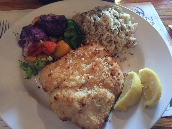 Winters, Καλιφόρνια: Fish Special: Garlic Encrusted Halibut