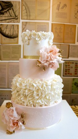Les Wedding Cakes Une Piece Montee Pour Votre Mariage Sur