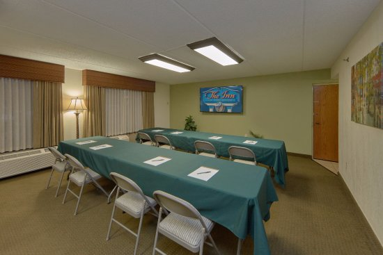 The Inn On The River: Meeting Room