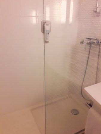 Hotel Ibis Lisboa Jose Malhoa : 2017-10-31-08-05-13-333_large.jpg