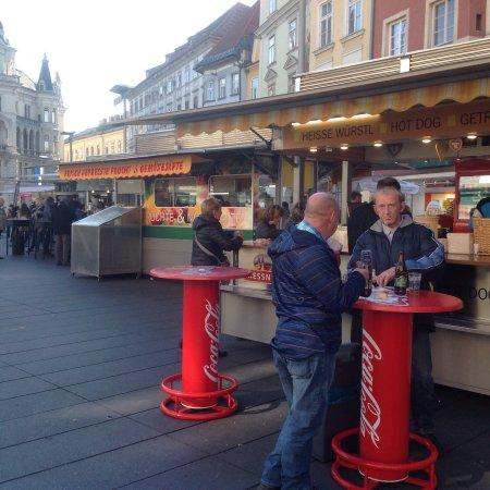 Hauptplatz: photo0.jpg
