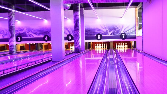 Hot Shot Bowling: Interior Lights 002