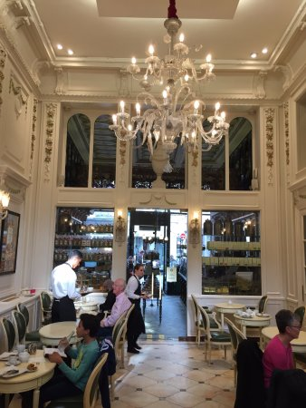 Meert Restaurant : The salon de thé - unchanged for at least a century
