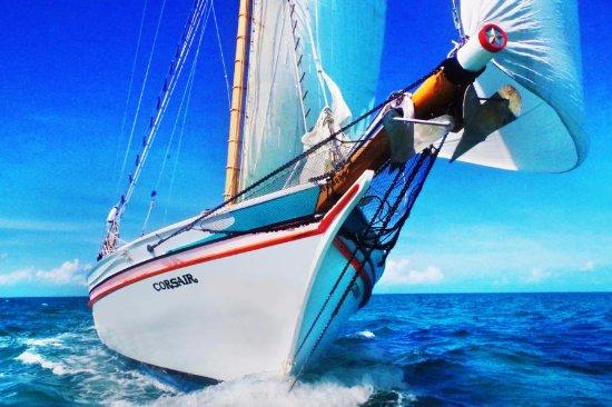 Union Island: under sail