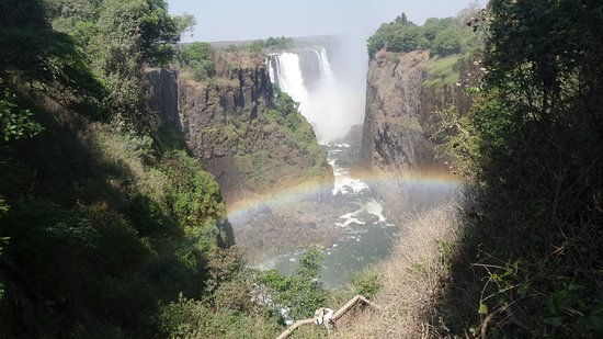 Mosi-oa-Tunya / Victoria Falls National Park : One view of the falls