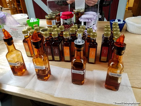 Pittsford, VT: very tasty samples on display