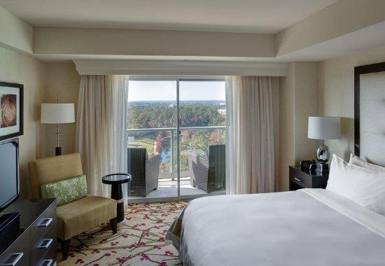 The Woodlands, تكساس: One-Bedroom Junior Suite Bedroom