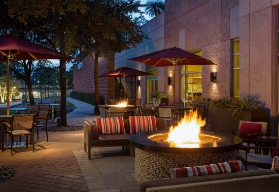 The Woodlands, TX: Outdoor Patio Fire Pit