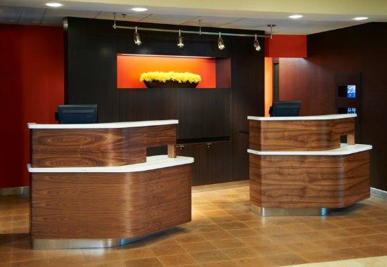 Mendota Heights, MN: Welcome Pedestals