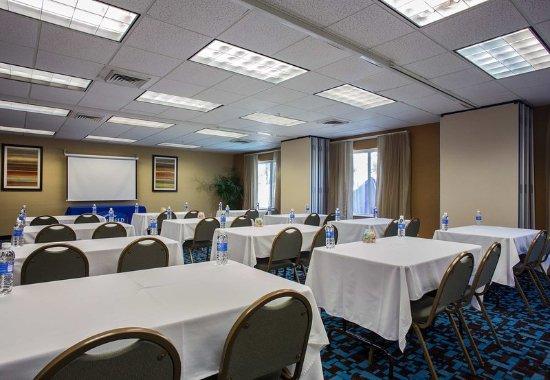Fairfield Inn Charlotte Mooresville/Lake Norman: Meeting Room – Classroom Setup