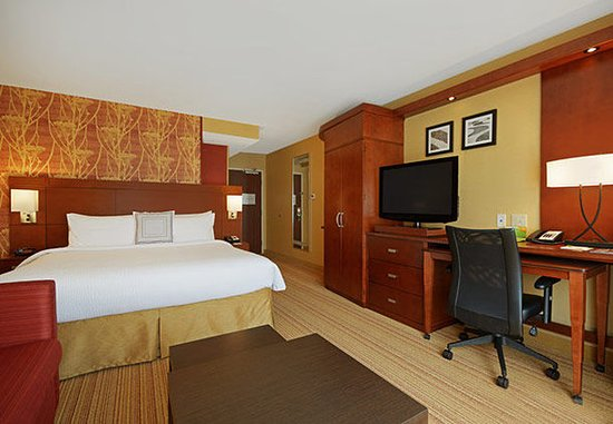Oneonta, NY: King Guest Room