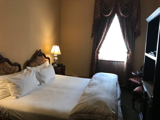 Craig's Royal Hotel: Cosy and Comfortable bed