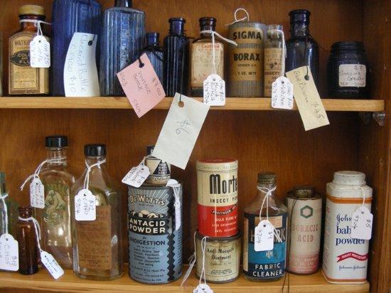 Antiques, Bottles, Collectables Shop