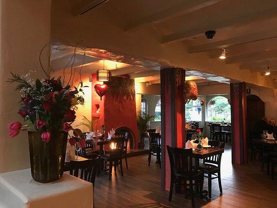 Indian Restaurant Barnyard Carmel Ca