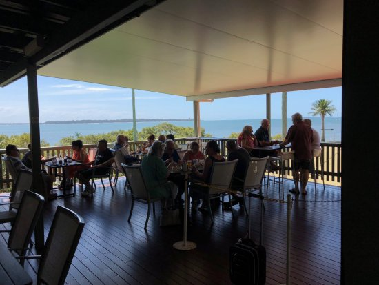 Macleay Island, Avustralya: The Outside Deck.
