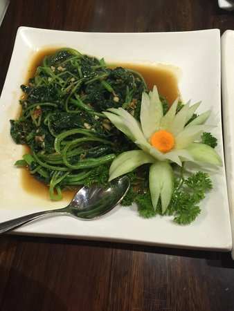 Royale Vietnam: Spinach with XO sauce