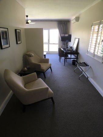 Sugarbird Manor: Super Hotel Mit Modernen Zimmern Und Im Ganzen Haus  Renovierten Badezimmern! Toller
