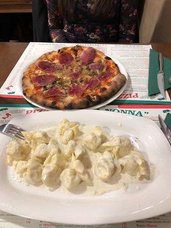 Restaurante pizzeria la nonna en granada con cocina italiana - Pizzeria la nonna ...