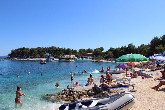 Okrug Gornji, Croatia: część plaży