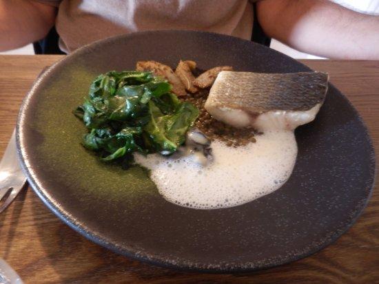 Chablis, Francja: Bar, lentille de l'Yonne, escargots..
