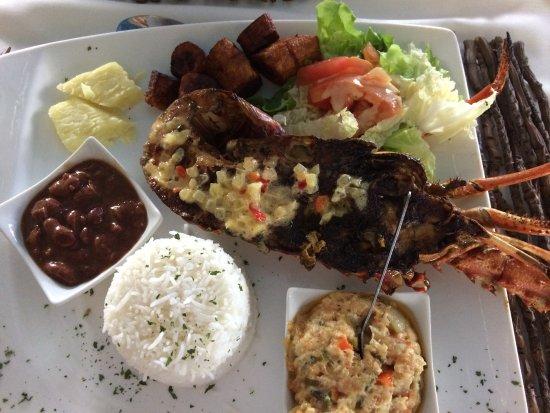 Petit-Bourg, Guadalupe: 1/2 langouste grillée( 25€)