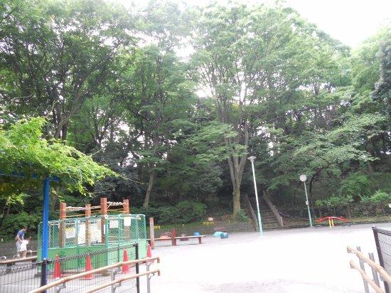 本門寺公園 遊具もあり - 大田区、本門寺公園の写真 - トリップ ...
