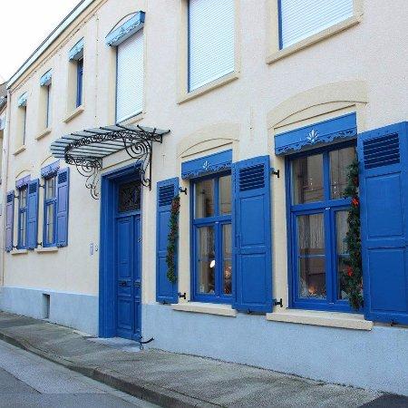 Bourbourg, Francia: Façade Villa Blanc Marine