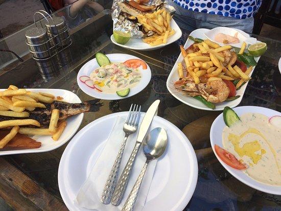 Syrian palace restaurant aqaba coment rios de for Restaurant vista palace