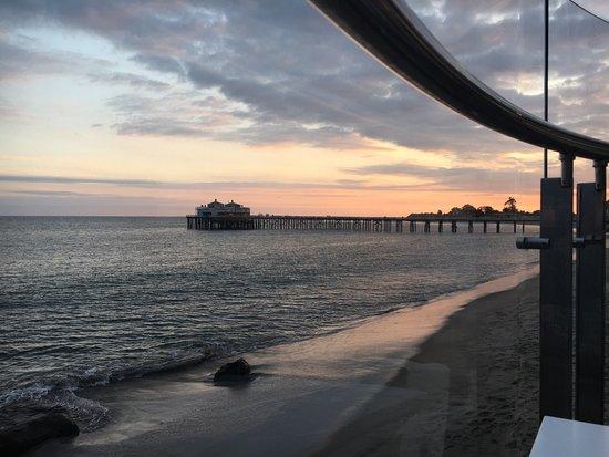 Carbon Beach Club Restaurant: photo0.jpg