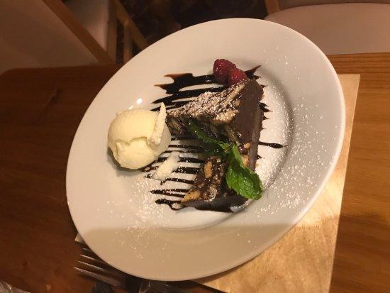 Lastingham, UK: Chocolate Biscuit Cake