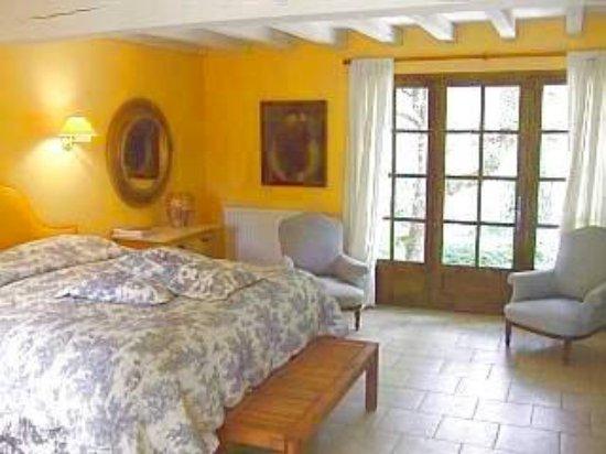 Mauzac, France: Room One