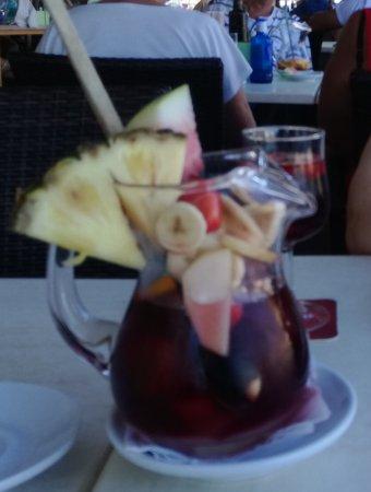 Restaurante Es Mollet De S'illot: beste Sangria ever