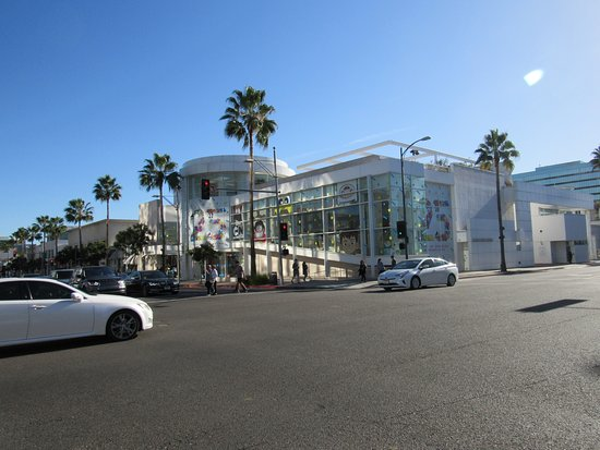 Beverly Hills, CA: All the amazing stores!